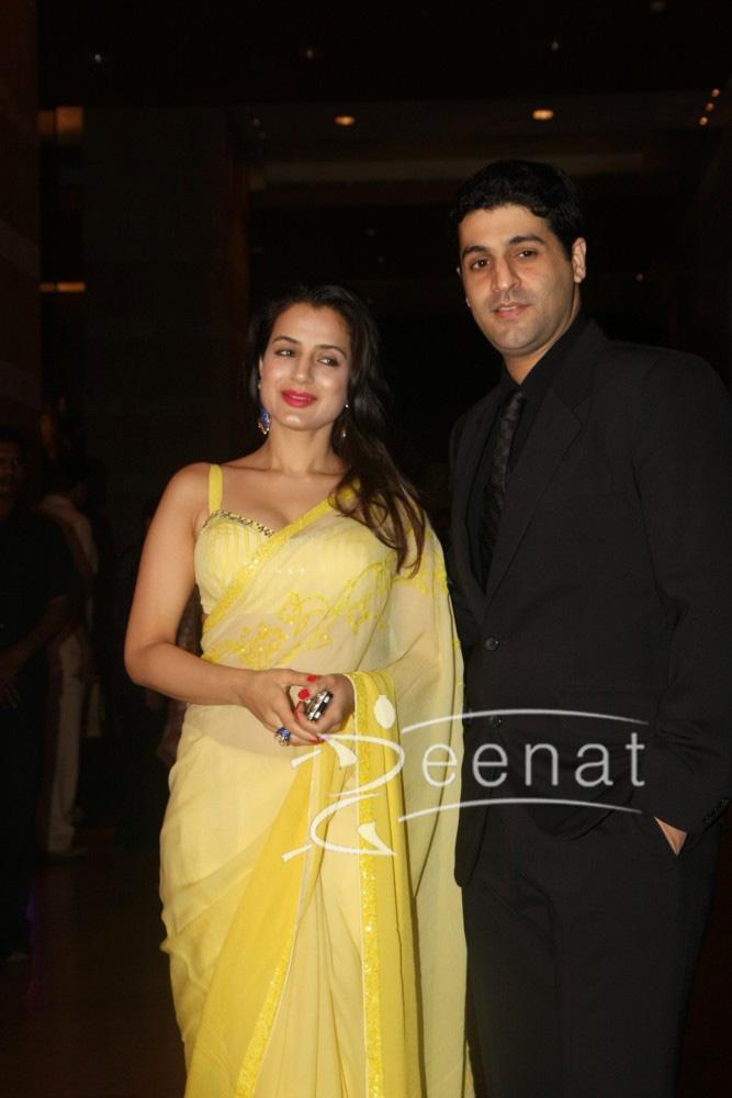 Amisha Patel with boyfriend Kunal Goomer at Ritesh Deshmukh Genelia Wedding Reception at Hotel Grand Hyatt in Mumbai