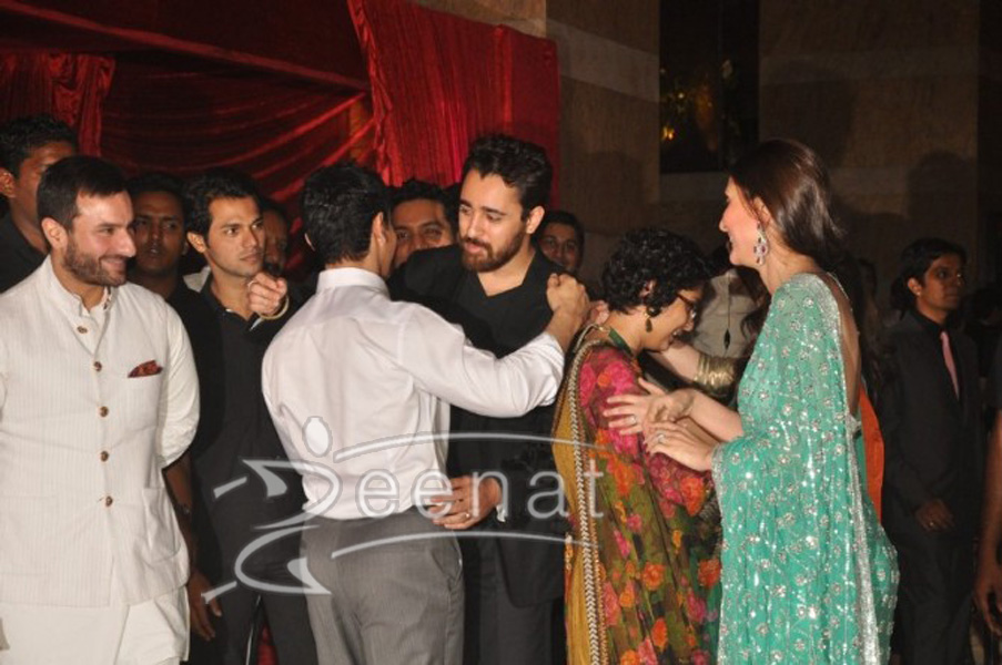 Aamir Khan hugging nephew Imran Khan at Ritesh Deshmukh Genelia Wedding Reception