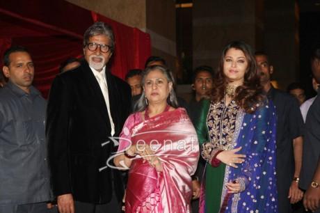 Amitabh Bachchan Jaya Bachchan Aishwarya Rai Bachchan at Ritesh Deshmukh Genelia Wedding Reception at Hotel Grand Hyatt in Mumbai