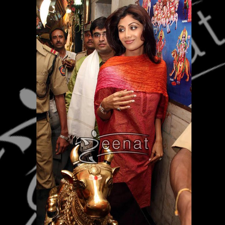 Shilpa Shetty  In Casual Kurta style