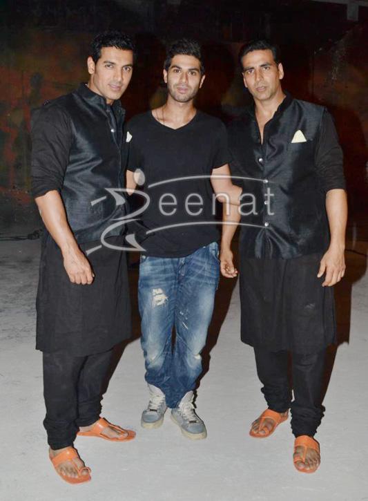 Abhishek Bachan & John Abraham in black kurta shalwar