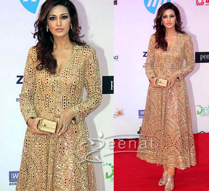 56f0be97a1f Sonali Bendre adds stars to her personality with this highly ravishing Indian  Anarkali Churidar.