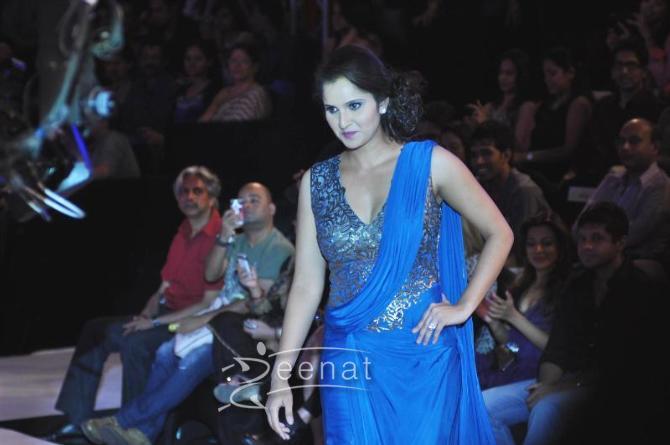 Sania Mirza Blue Sareesque (4)