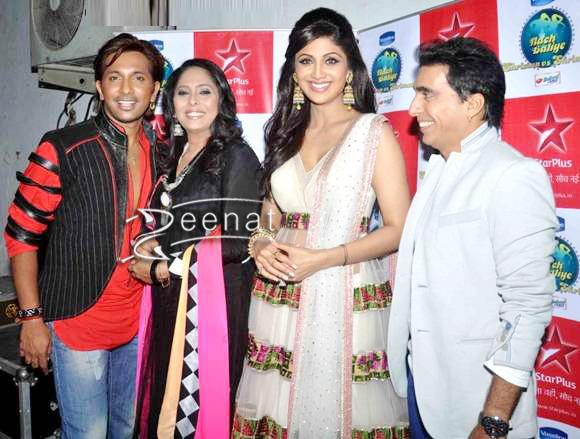 Shilpa-Shetty-In-Traditional-Anarkali