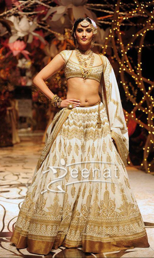 Sonam Kapoor In Designs By Rohit Bal