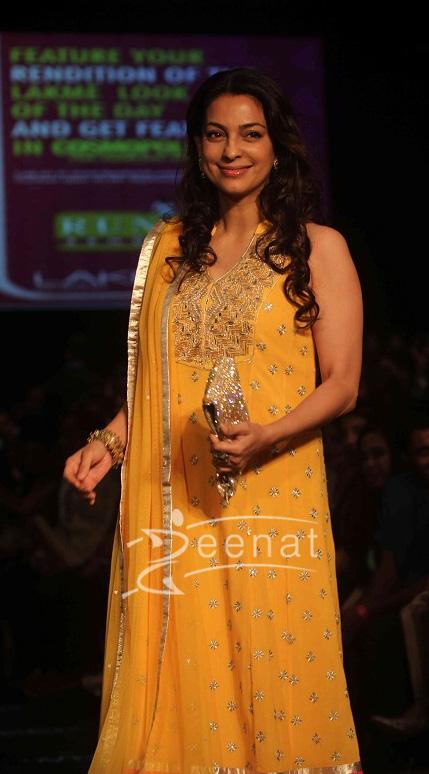 Juhi Chawla Anita Dongre Show