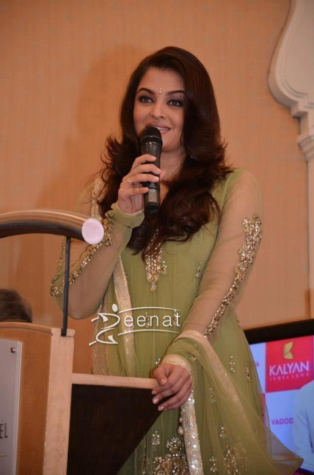 Aishwariya Rai in Designer Anarkali  Suit