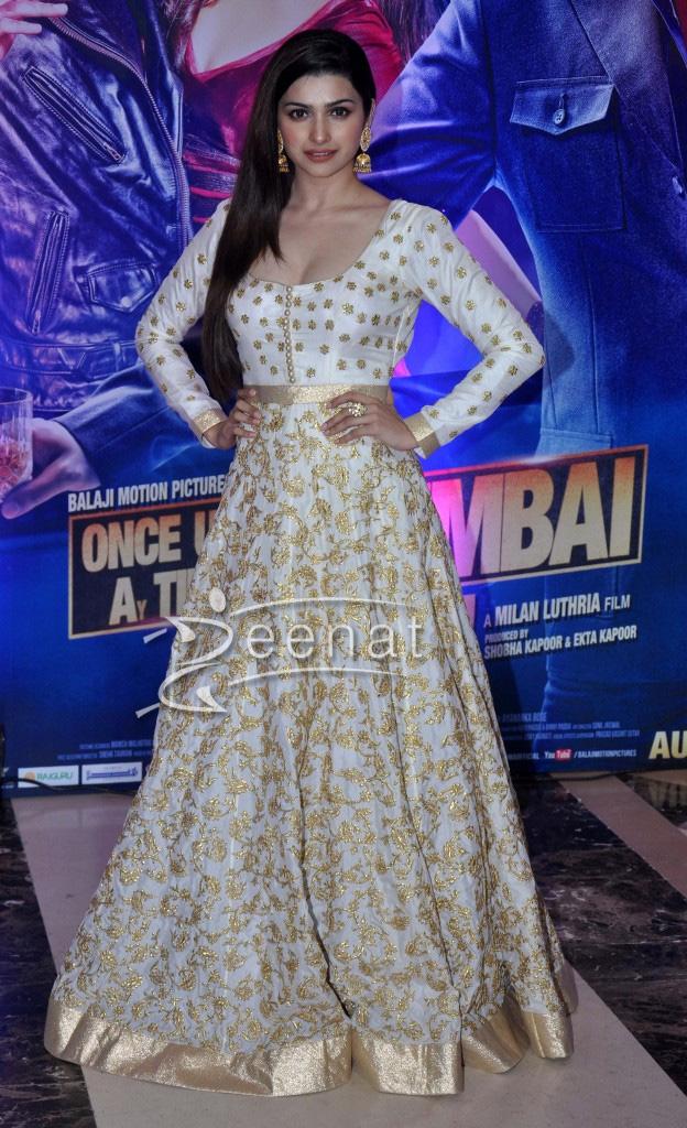 Prachi Desai in Long white Anarkali suit
