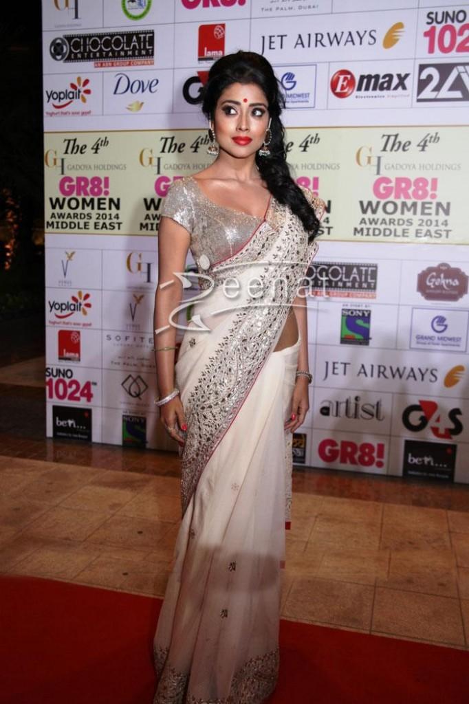 shriya Saran at 4th GR8 Women Awards 2014