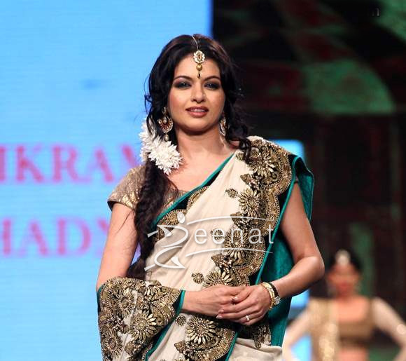 Bhagyashree in Bollywood Saree