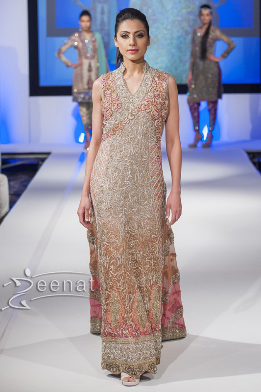 Sahzia-Kiyani-New-Collection-In-Pakistan-Fashion-Show-London-2014-For-Girls-8