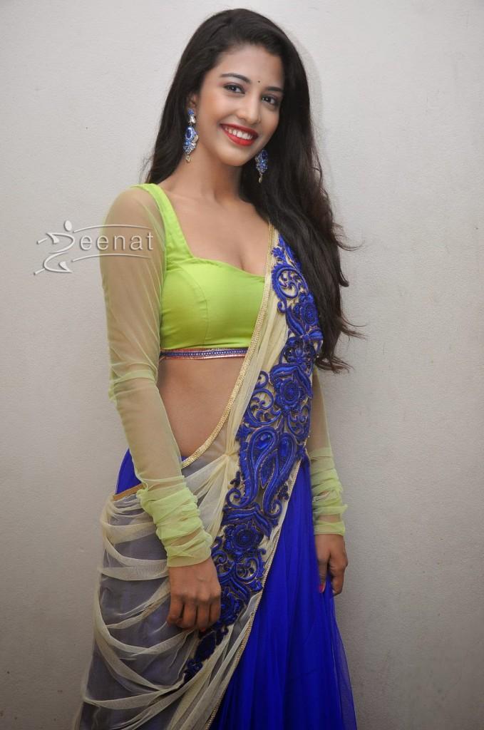 Daksha Nagarkar Spicy Photos (5)