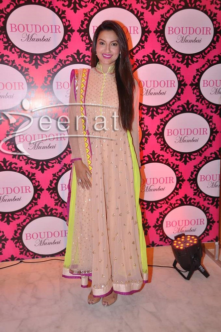 Gauhar-Khan-in-Kanika-Kedia-to-at-Boudoir-2