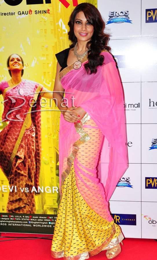 Bipasha-Basu-saree-english-Vinglish-Premiere