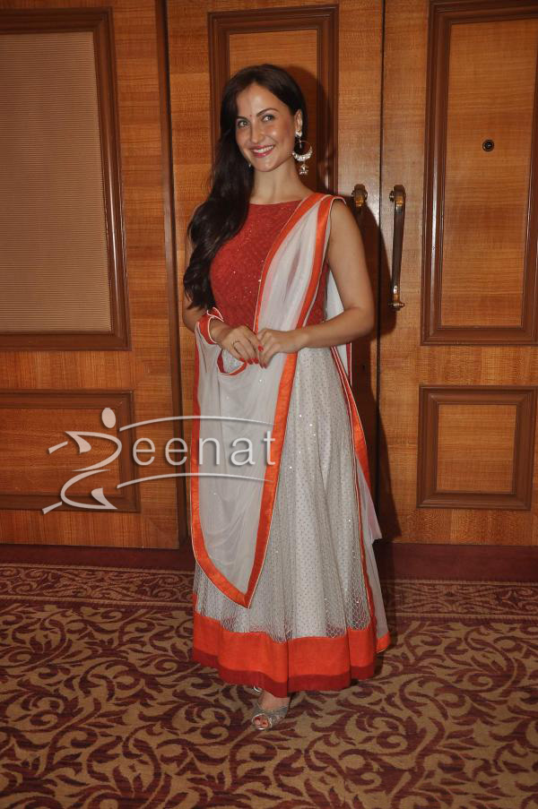 elli-avram-at-special-indian-national-anthem-launch-5