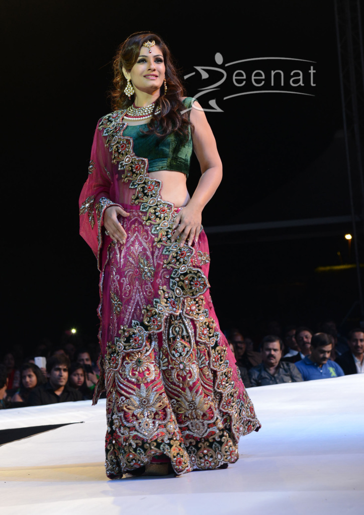 Raveena-Tandon-Ramp-Walks-Asif-Shahs-Fashion-Show-23