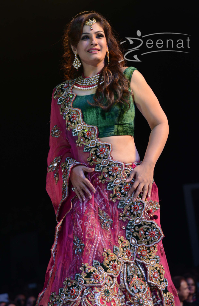 Raveena-Tandon-Ramp-Walks-Asif-Shahs-Fashion-Show-26