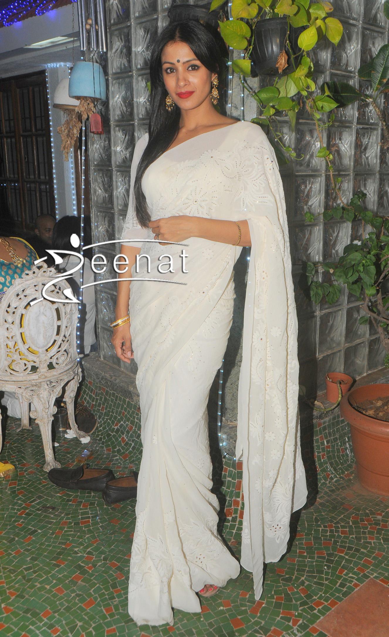 Barkha Bisht In Designer White Saree Zeenat Style