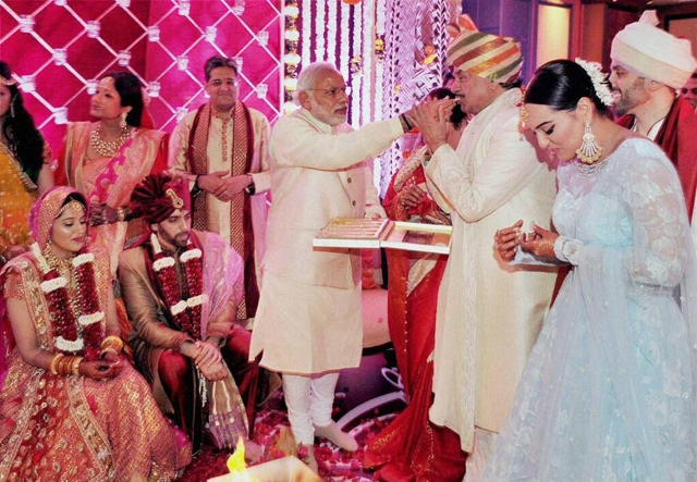 Deepika Padukone And Ranveer Singhs Wedding Gift To Virat