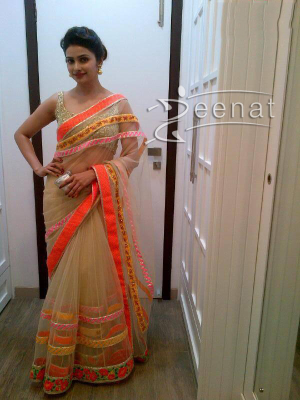 Bollywood-Actress-Prachi-Desai-Attends-a Diwali-Party-in-a Kunal-Anil-Tanna-saree