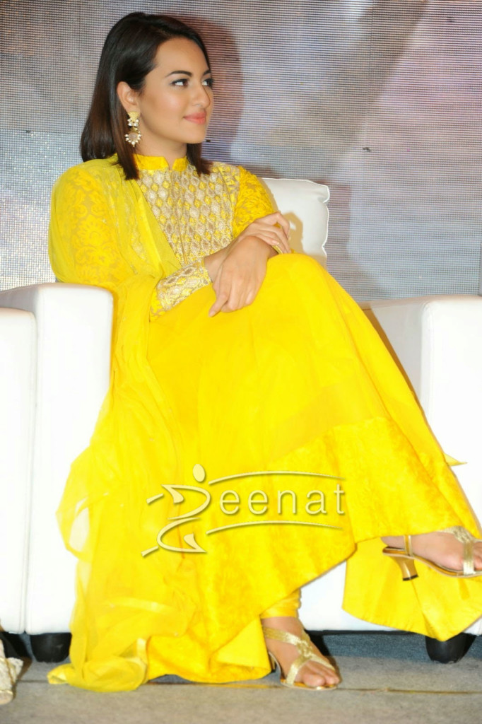 Sonakshi-Sinha-In-Yellow-Anarkali