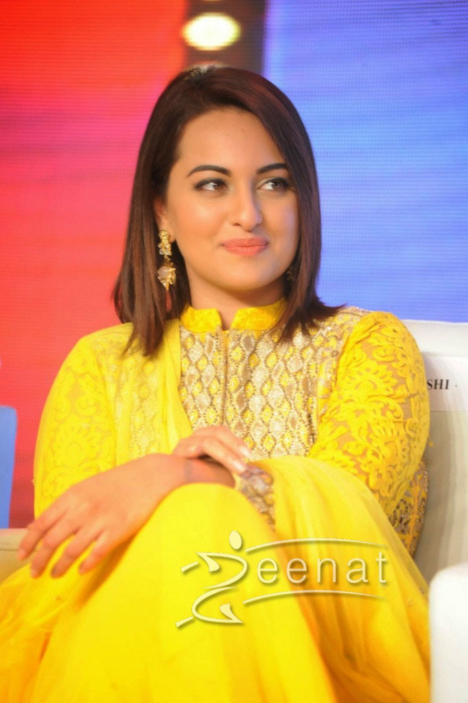 Sonakshi-Sinha-Yellow-Anarkali-Churidar-Suit