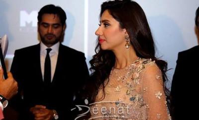 Mahira Khan In Elan Bin Roye Promotion (8)