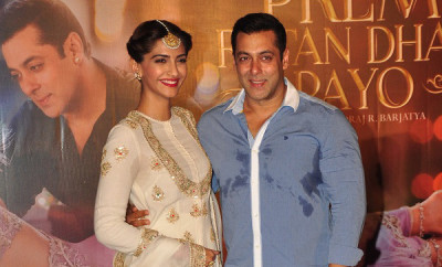 Sonam-Kapoor-And-Salman-Khan-Prem-Ratan-Dhan-Payo-Trailer-Launch3