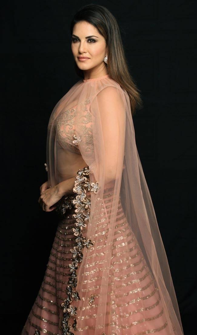 Sunny Leone Archana Kochhar Bridal Avatar