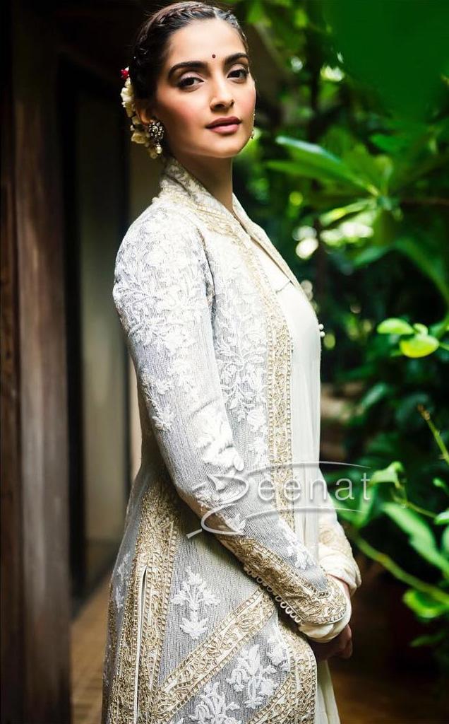 Sonam Kapoor In Rohit Bal Dress at IMC Ladies Exhibition