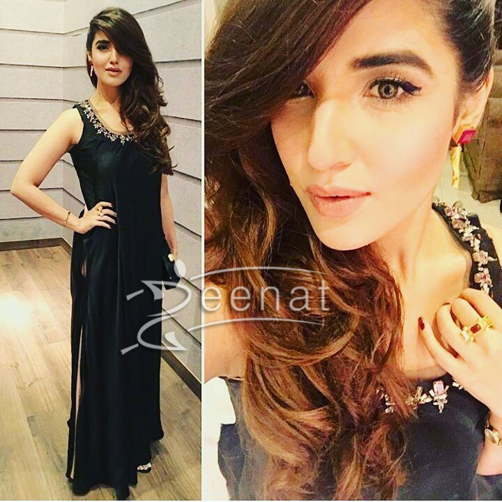 Hareem Farooq In Black Designer Outfit2