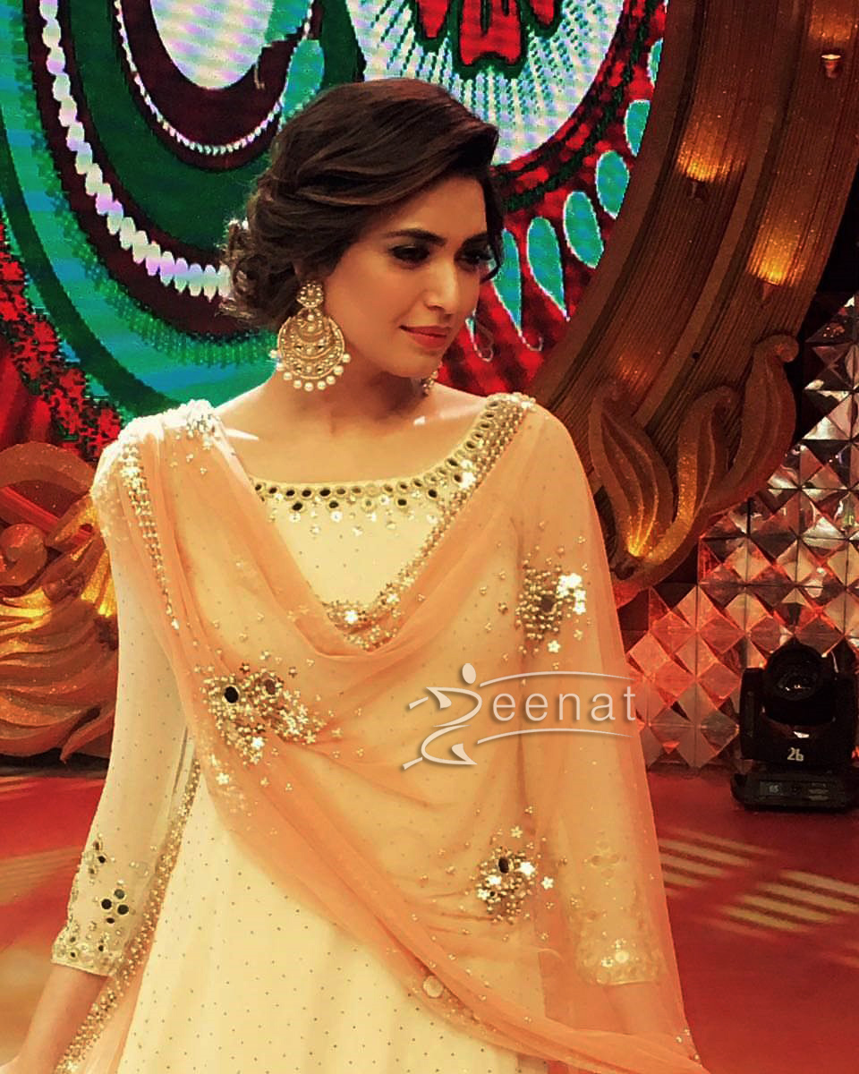 Karishma Tanna in Lehenga Choli on the sets of Big Memsaab