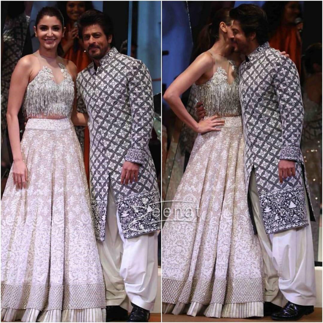 Shahrukh Khan and Anushka Sharma at Mijwan Summer 2017 Couture Show