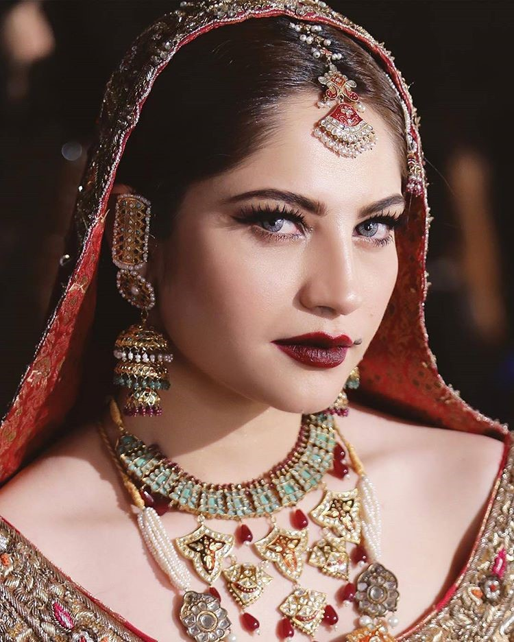 Bridal Makeup and Bridal Jewellery from #QHBCW17 (17)