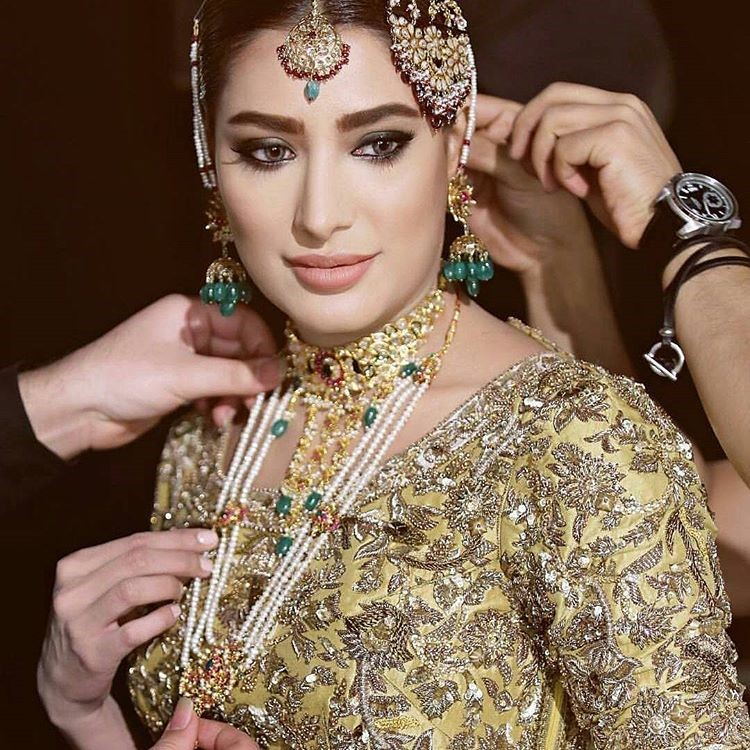 Bridal Makeup and Bridal Jewellery from #QHBCW17 (19)