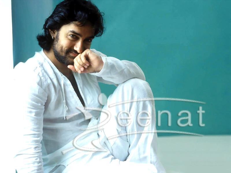 Amir Khan In Shalwar Kameez