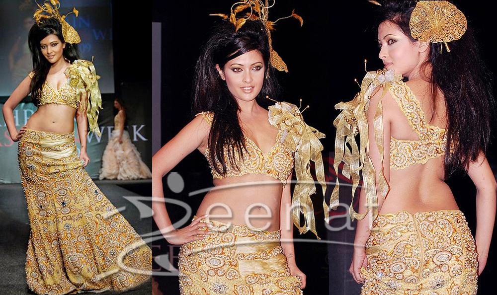 Riya Sen At Bahrain Fashion Week