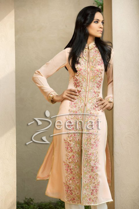 Aaminah Sheikh In Threads And Motifs