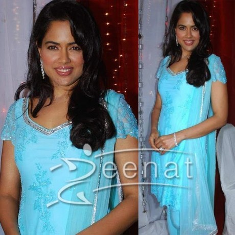 Sameera Reddy Indian Churidar