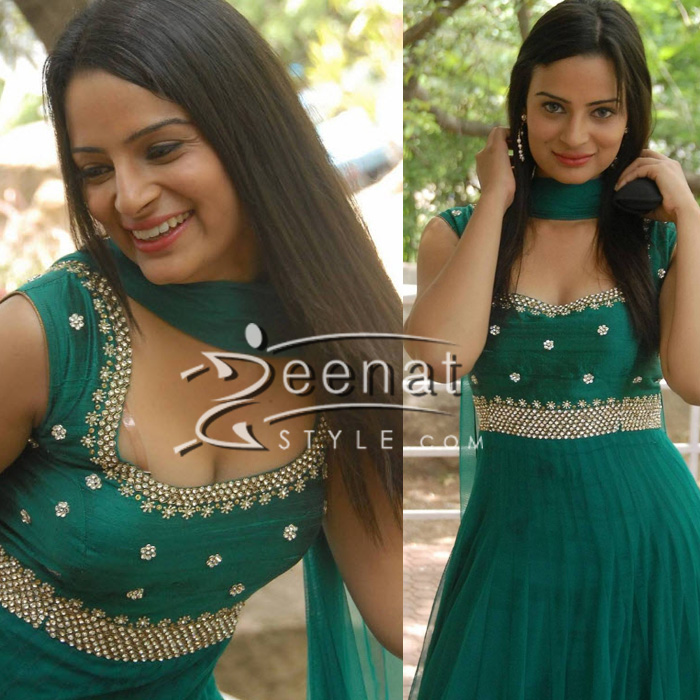 Anusha Reddy in Green Salwar Kameez