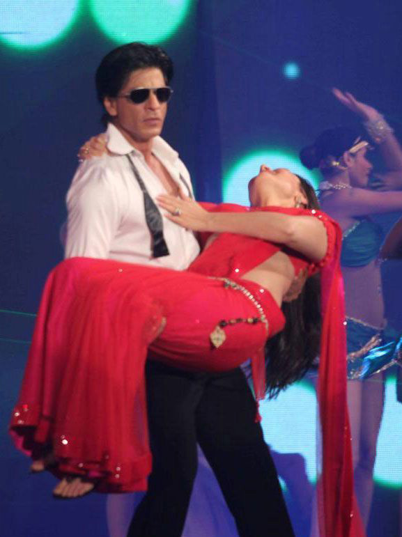 Kareena Kapoor And Shahrukh Khan New Movie Ra-one