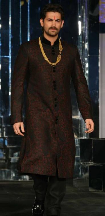 Neil Nitin Mukesh In Sherwani – Vikram Phadnis