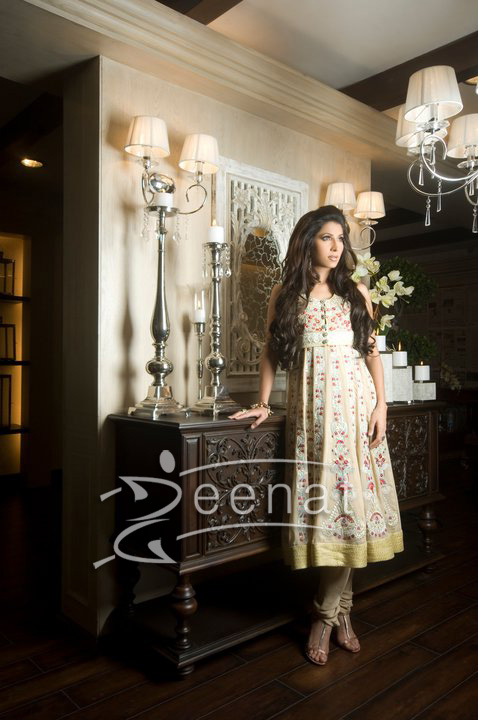 Vaneeza Ahmed In Threads And Motifs Designer Collection