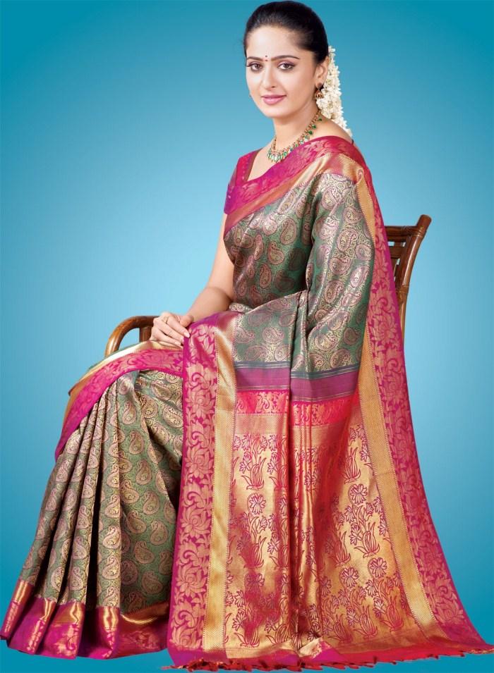 Anushka In Traditional Silk Saree Stills Zeenat Style