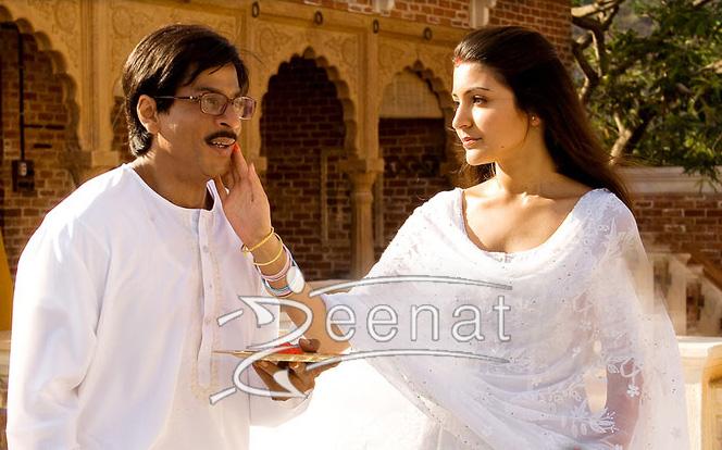 Shahrukh khan & Anshka sharma in White kurta Shalwa