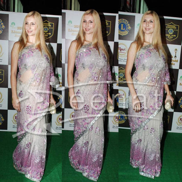 Claudia Ciesla Indian Net Saree