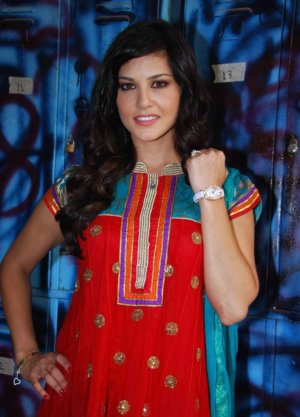 Sunny Leone in Bigg Boss   Churidar Salwar Kameez