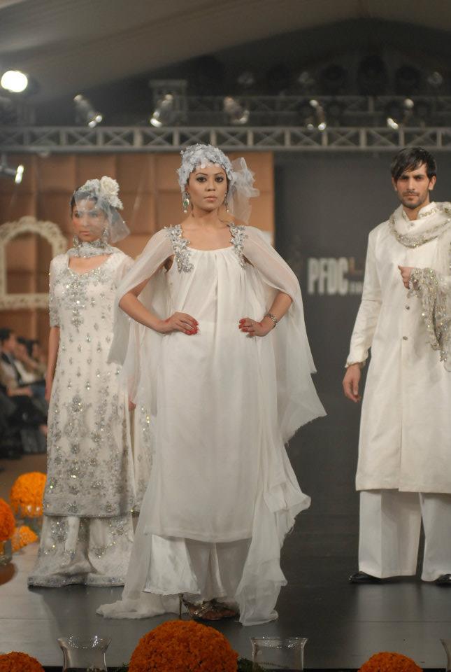 Maria-B-Collection-2012-in-PFDC-LOreal-Paris-Bridal-Week-2