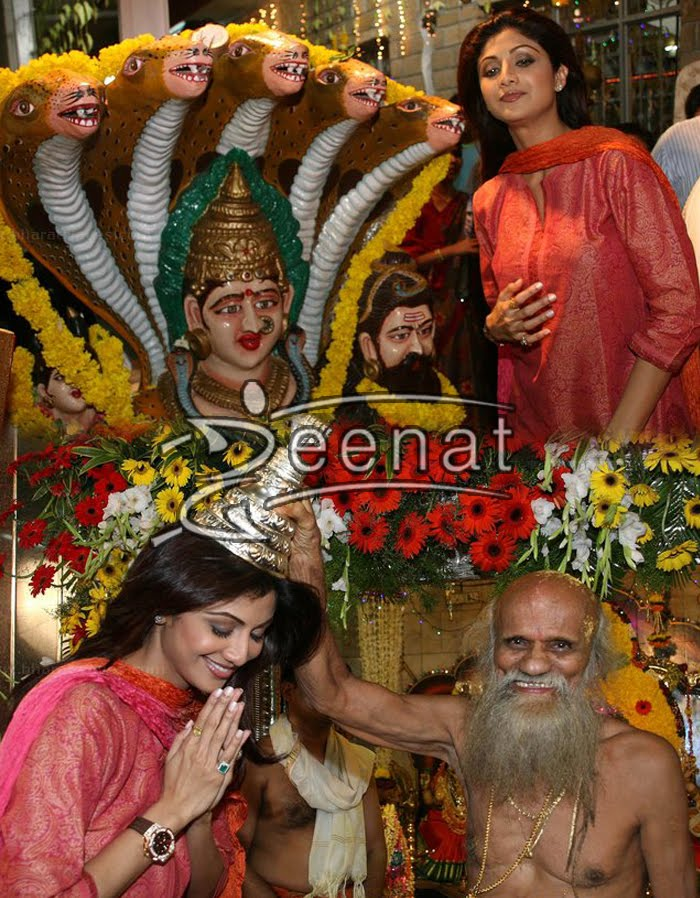 Shilpa Shetty In Churidar  Kameez