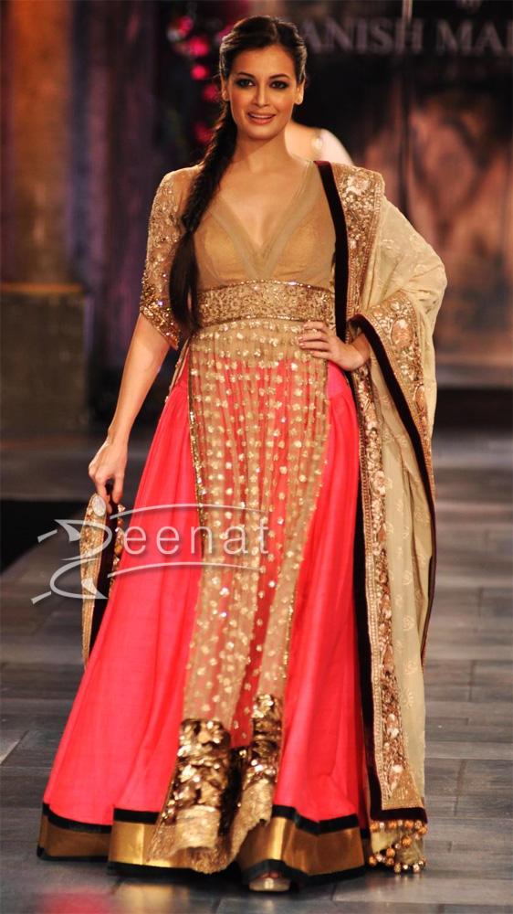Dia Mirza In Manish Malhotra Bridal Wear | Zeenat Style